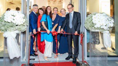 صورة رسمياً إفتتاح المعرض الفني أوبلونج كونتيمبوراري دبي