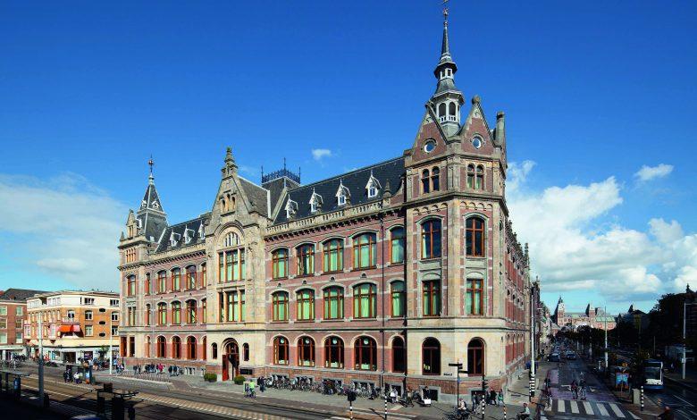 Conservatorium Hotel Exterior (1)