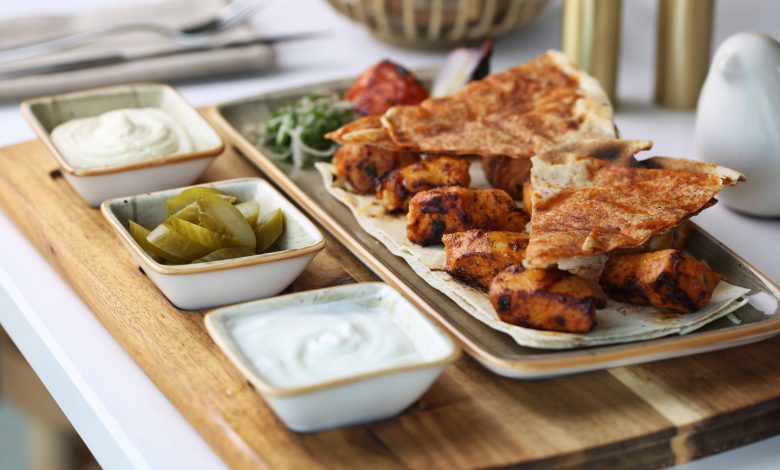 مطعم شبابيك يقدم عرض جديد على وجبات غداء العمل