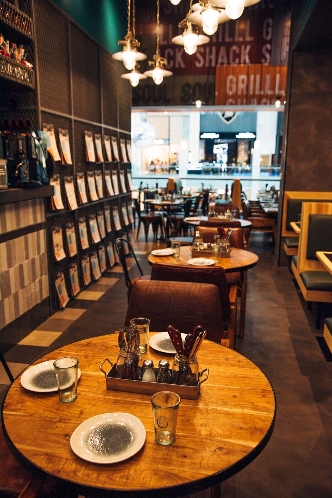 سلسلة المطاعم فود فاند إنترناشيونال تحتفل بحلول العيد الوطني الصيني 2019