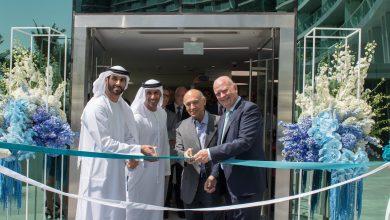 صورة إفتتاح العيادة الأولى لشبكة ترو سمايل وركس لطب الأسنان في دبي