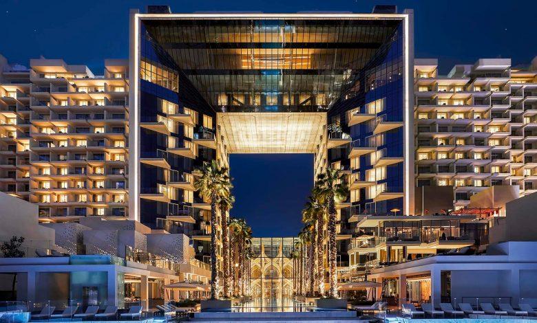 فندق فايڤ نخلة جميرا ينظم مهرجان الموسيقى و الطعام LUVYA