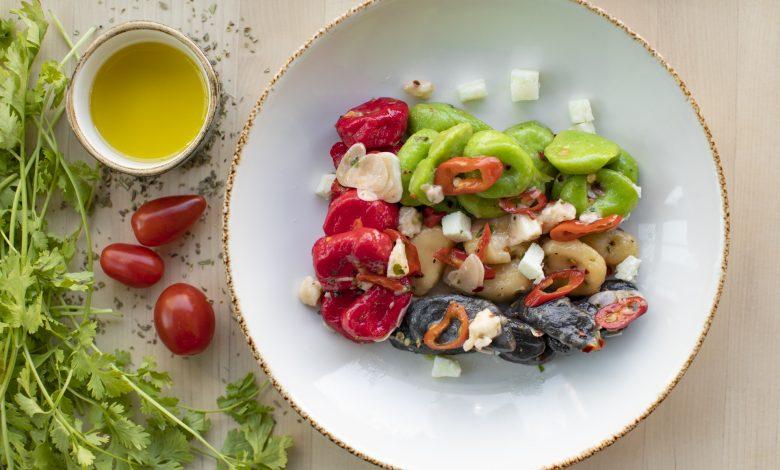 مطعم كوباستا يقدم أطباق لذيذة بألوان علم الإمارات إحتفالاً بالإتحاد