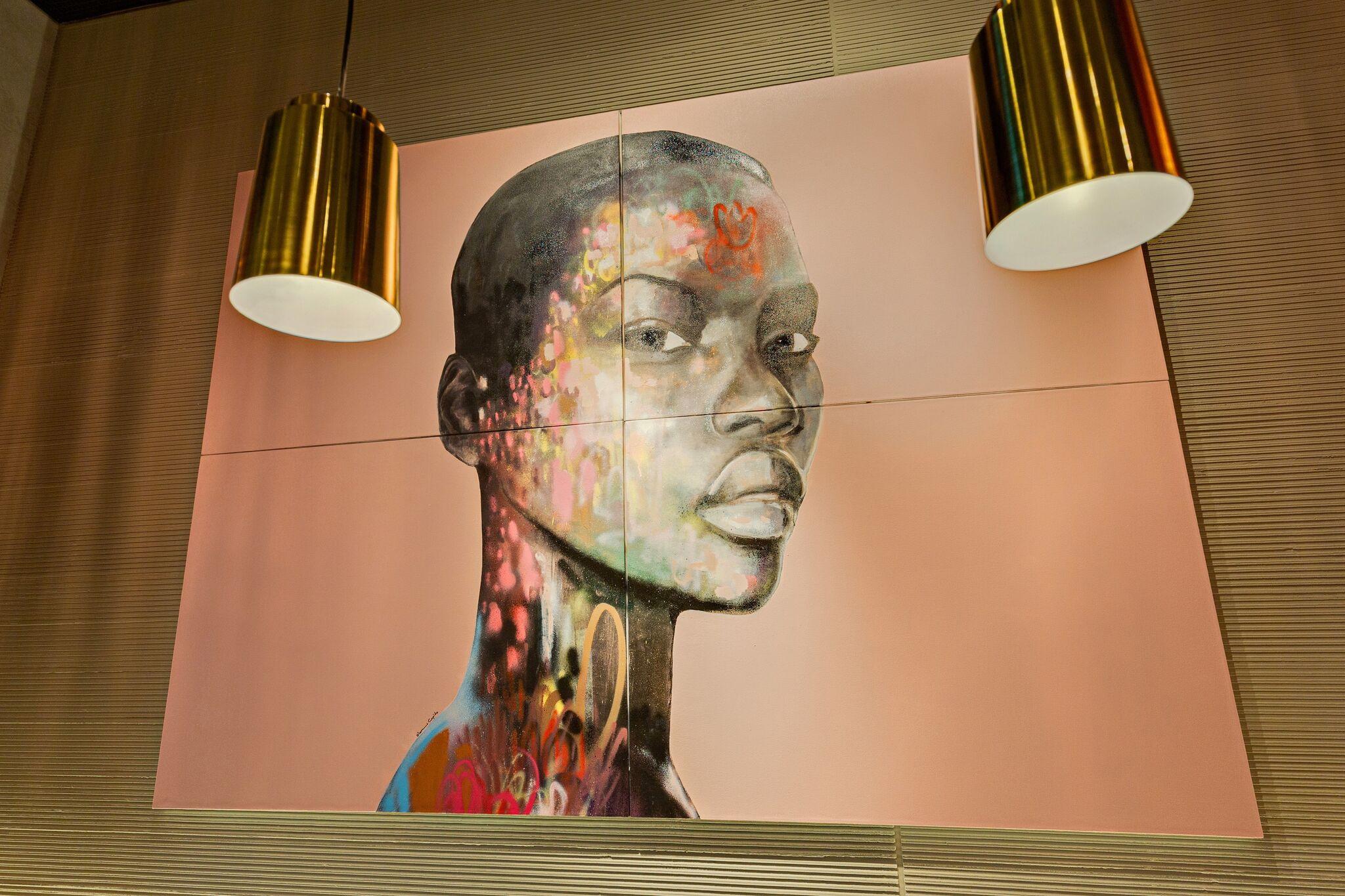 الفنان الأفريقي المشهور ديون كوبيدو