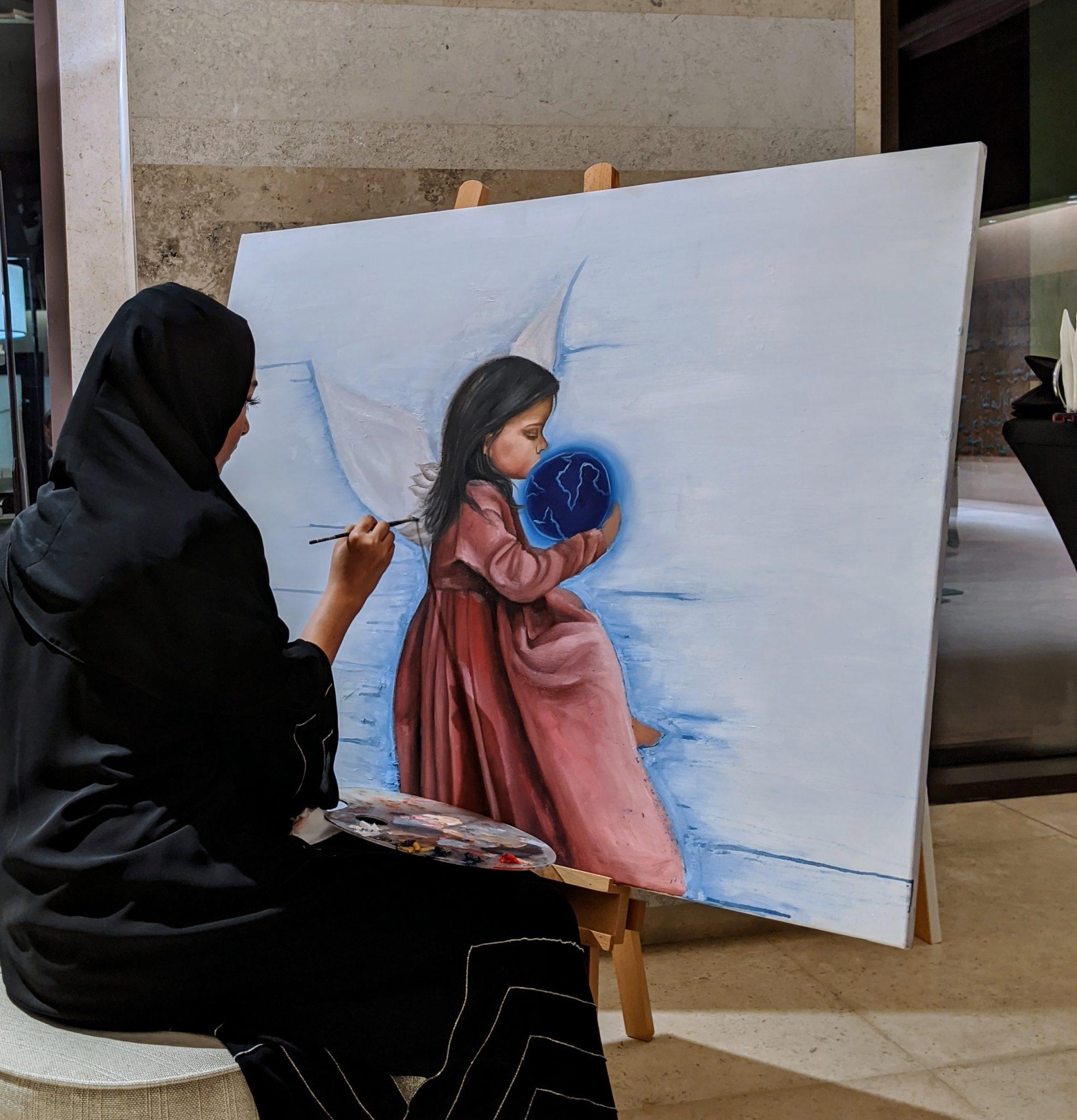 معرض فني يحتفي بروح الإتحاد