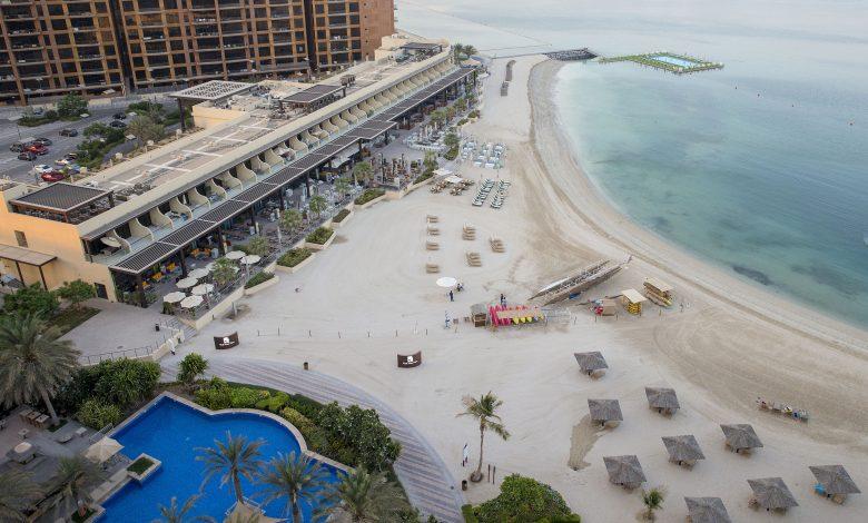 نادي فيستا ماري دبي ينظم فعالية يوغا فايب 2019