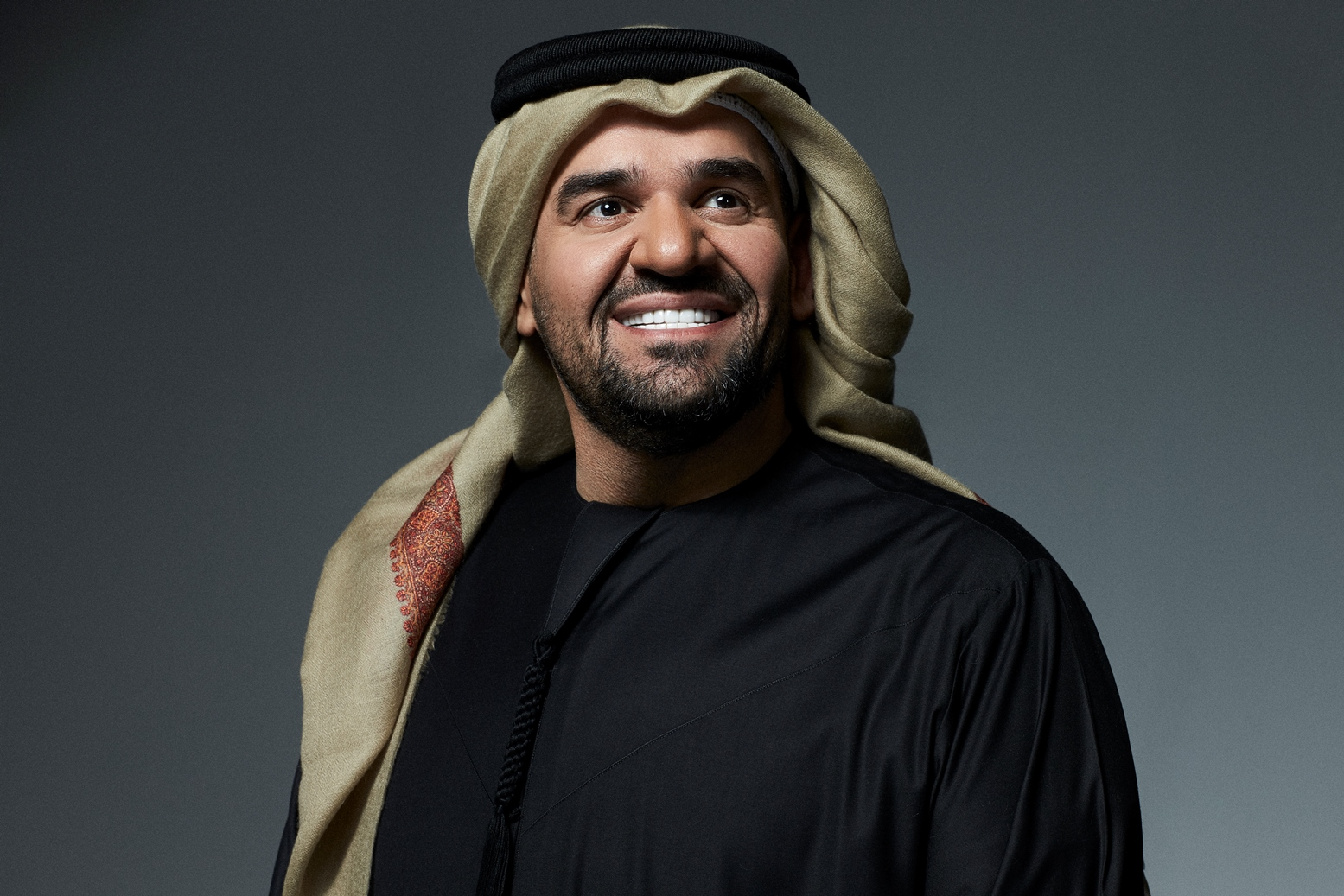 الفنان المحبوب حسين الجسمي