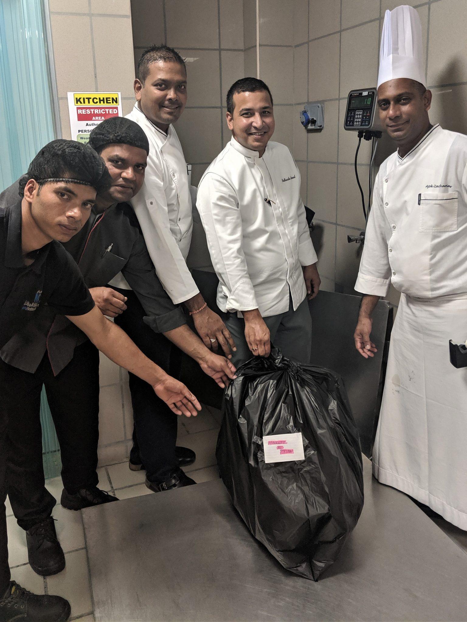 فندق ماريوت الفرسان أبوظبي تتخلص من بقايا الطعام بطريقة ذكية