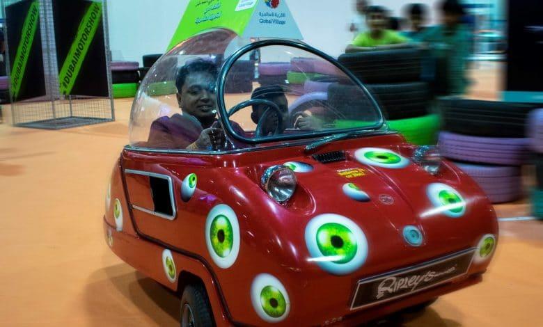 Ripleys_Peel_Car_-_Global_Village_Dubai_International_Motor_Show_Appearance_50