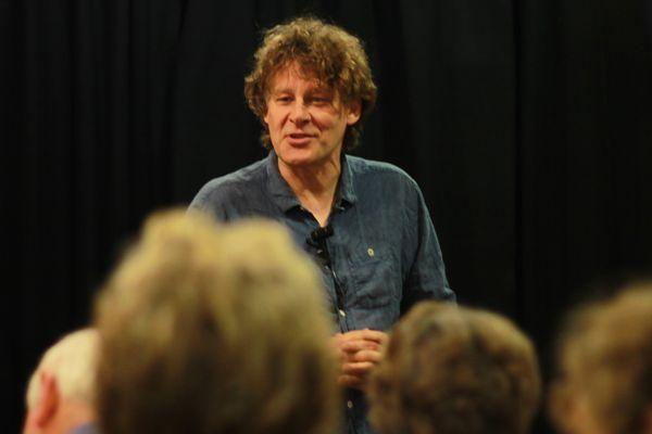peter_searles_audience