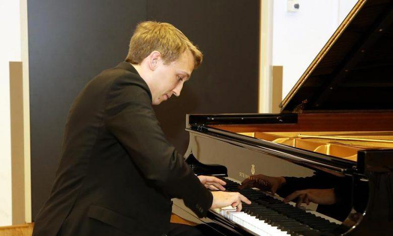حفل عازف البيانو الألماني فابيان مولر في دبي