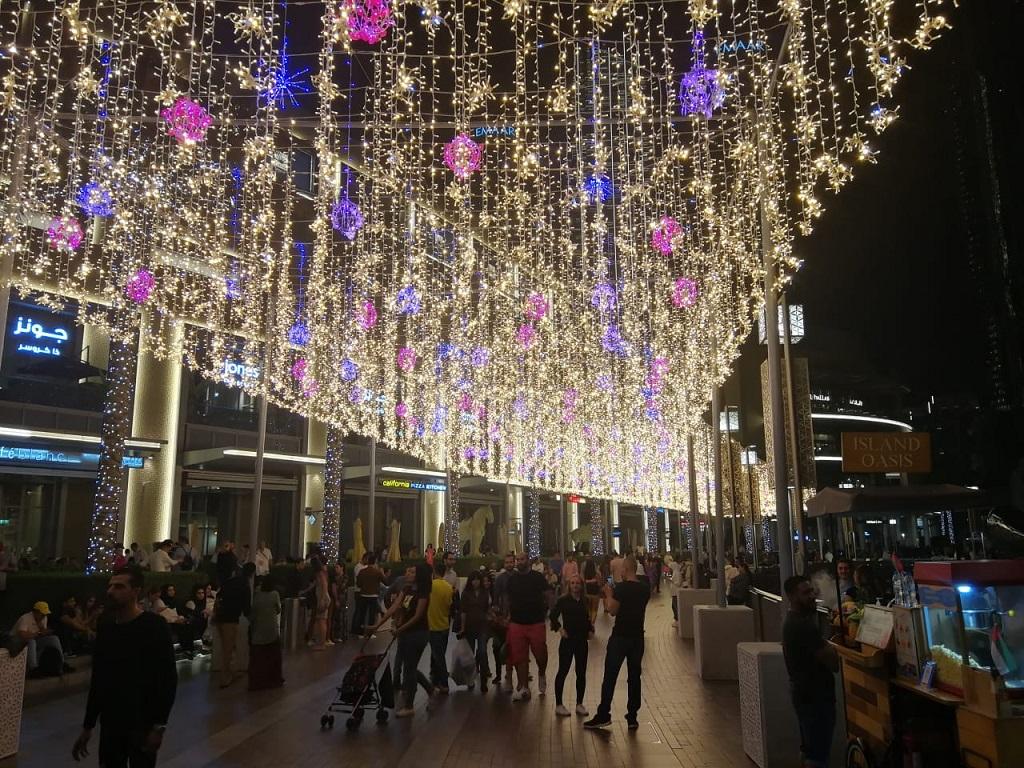 عروض دبي مول إحتفالاً بالدورة الخامسة والعشرين لمهرجان دبي للتسوق 2020