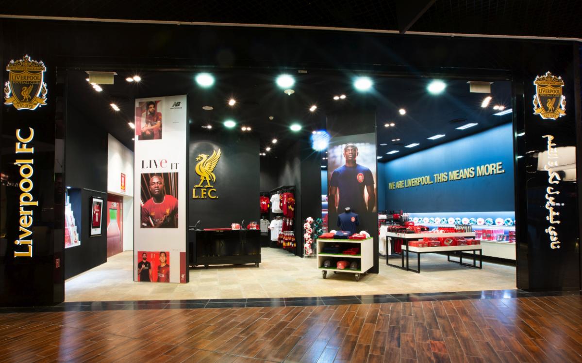 متجر مستقل لنادي ليفربول في دبي مول
