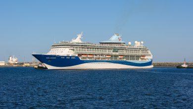 صورة الفجيرة تفتتح مبنى مؤقت لاستقبال ومغادرة المسافرين على متن السفينة ماريلا ديسكفري