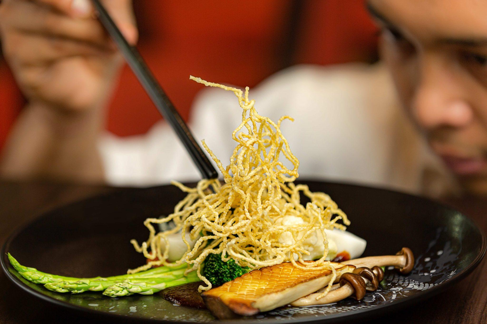 مطعم ووكس الآسيوي