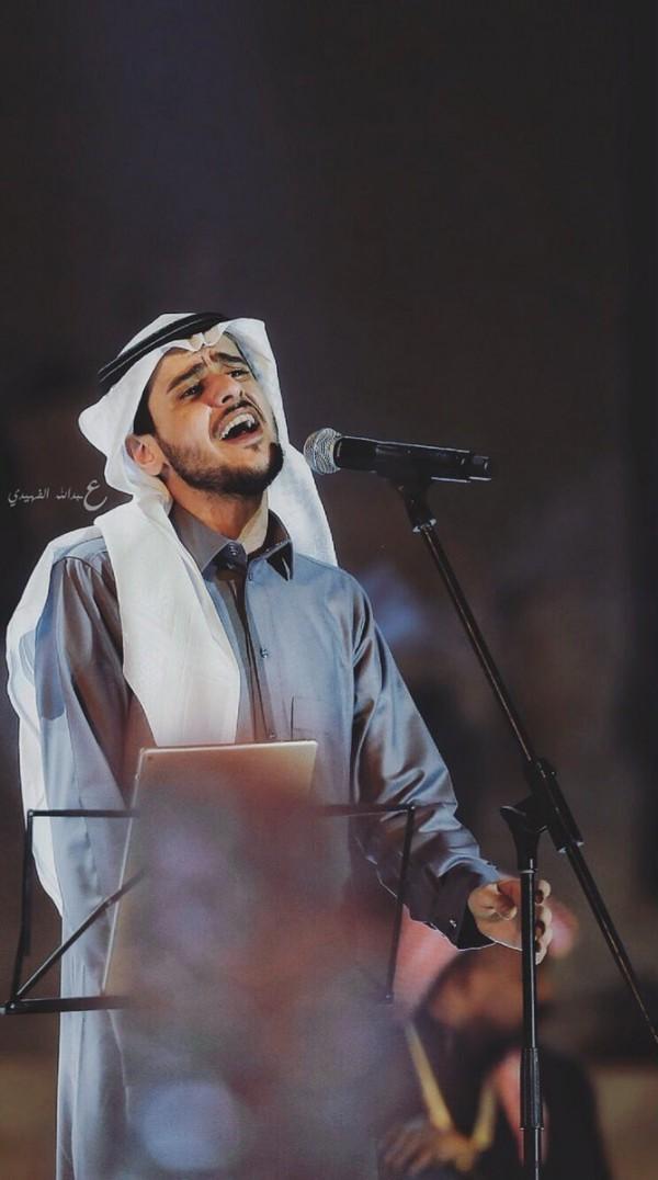الفنان السعودي عايض يوسف في القرية العالمية