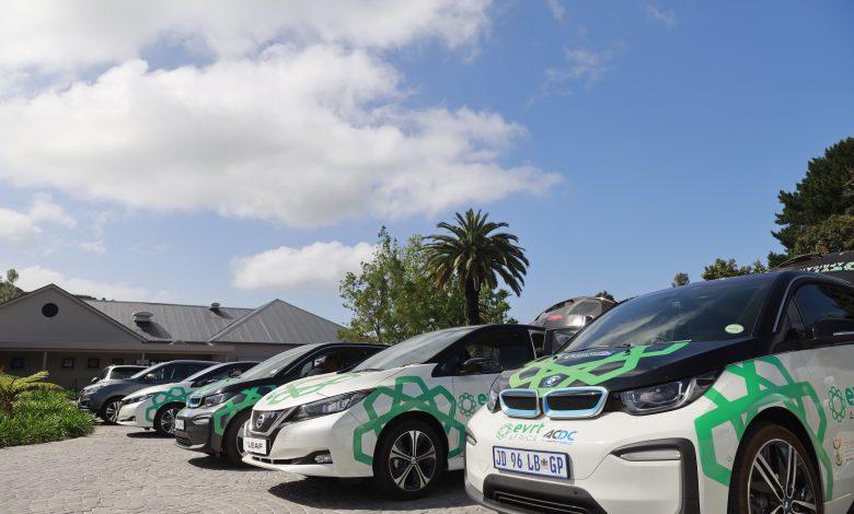 الإمارات تستضيف النسخة الرابعة من رحلة السيارات الكهربائية الأكبر في العالم