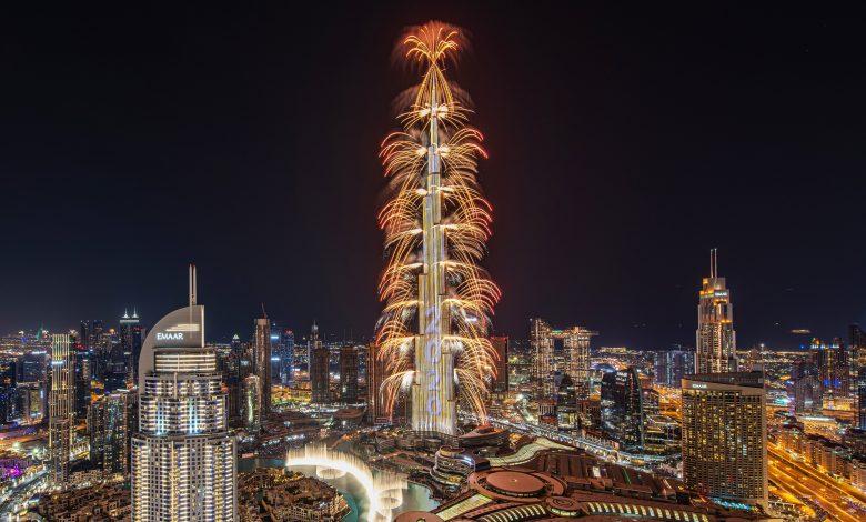 إعمار تبهرنا بعرض للألعاب النارية في برج خليفة إحتفالاً بالسنة الجديدة