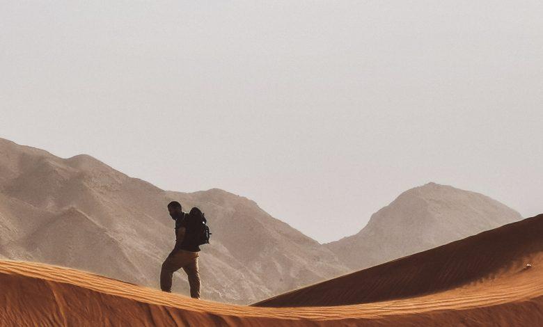 مشروع مليحة للسياحة ينظم ورشة لتعلم أساليب البقاء - صحراء مليحة