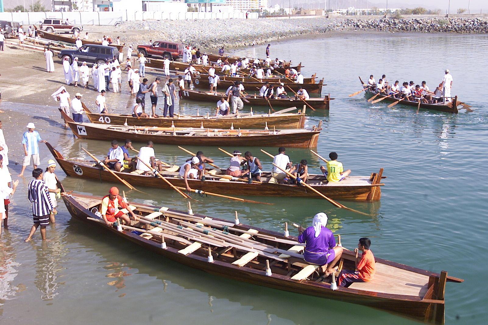 بطولة دبي لقوارب التجديف الحديثة 2020