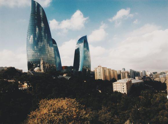 أذربيجان