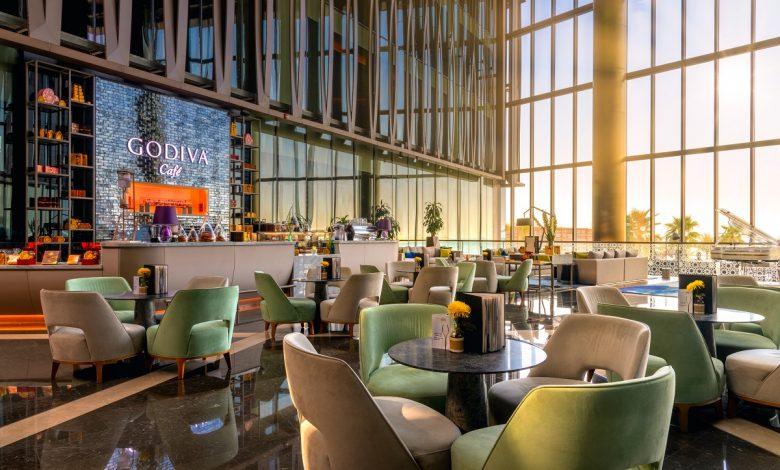 ريكسوس بريميوم دبي يطلق باقة أول إن الجديدة كليًا في مطاعمه البارزة
