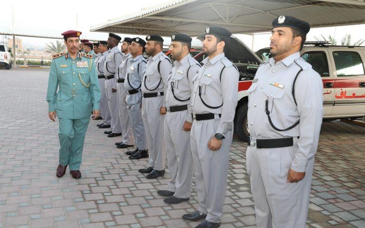 شرطة عجمان تقدم رسائل توعية للجمهور بثلاث لغات