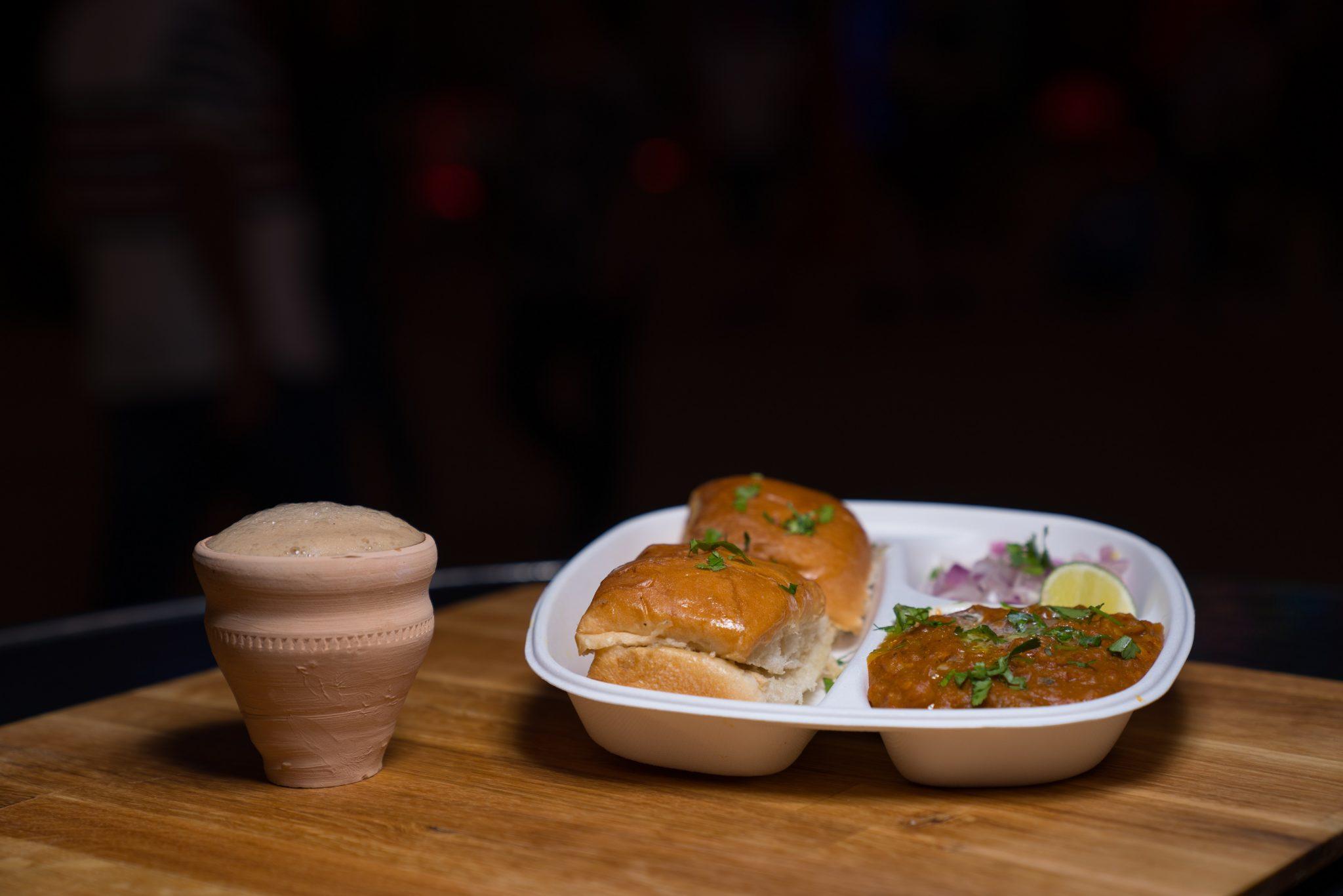تجارب طعام لا تفوتوا الإستمتاع بها في القرية العالمية