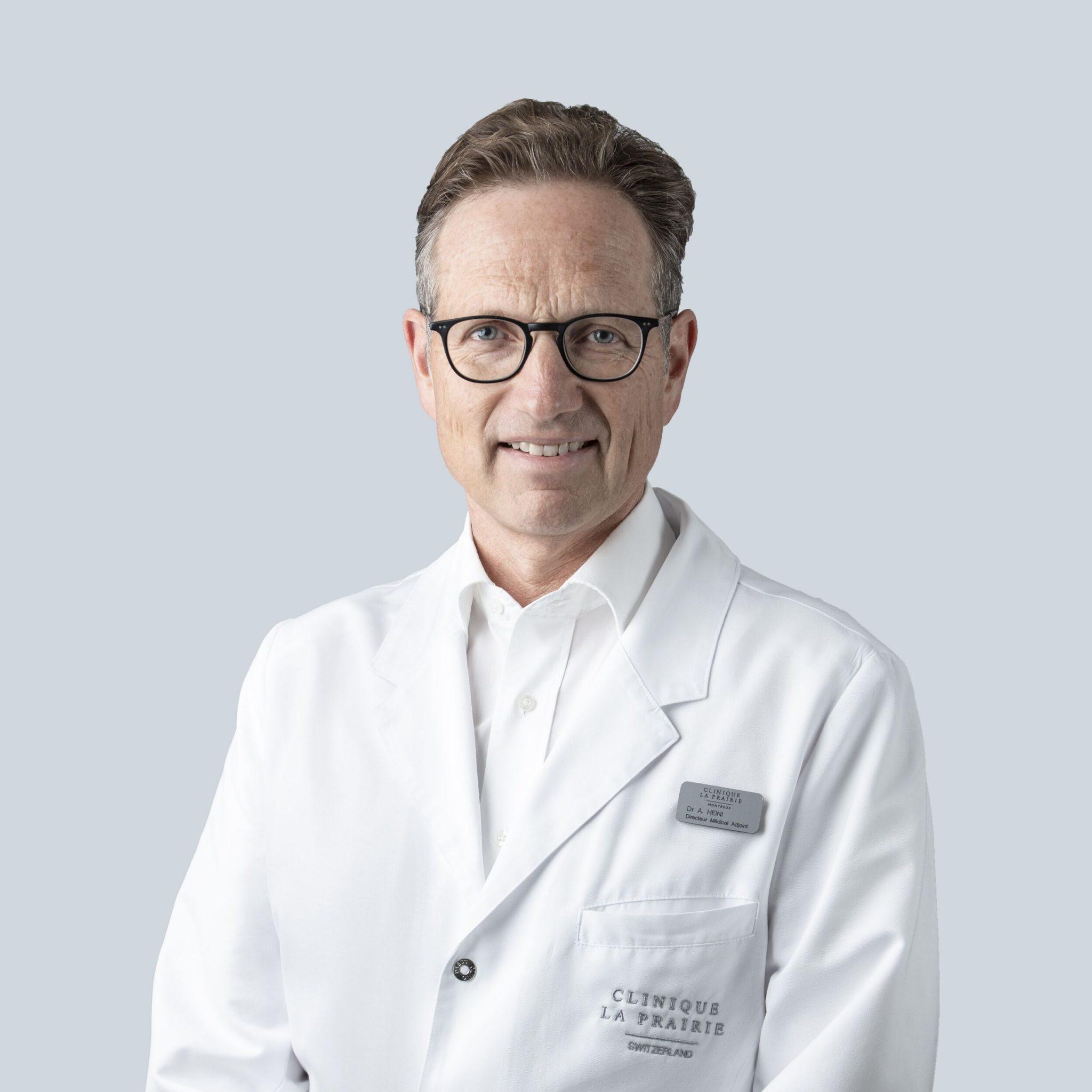الدكتور أدريان هيني