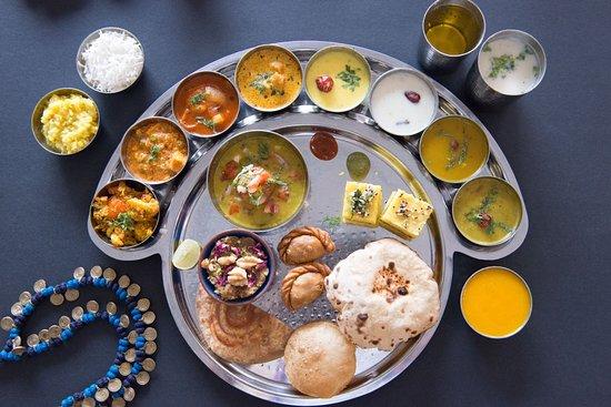 مطعم Maharaja Bhog