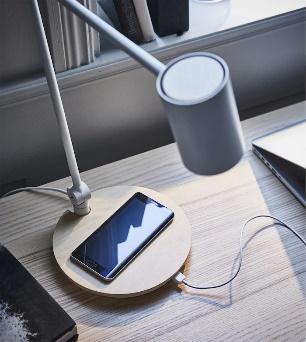 ترتيب طاولة المكتب