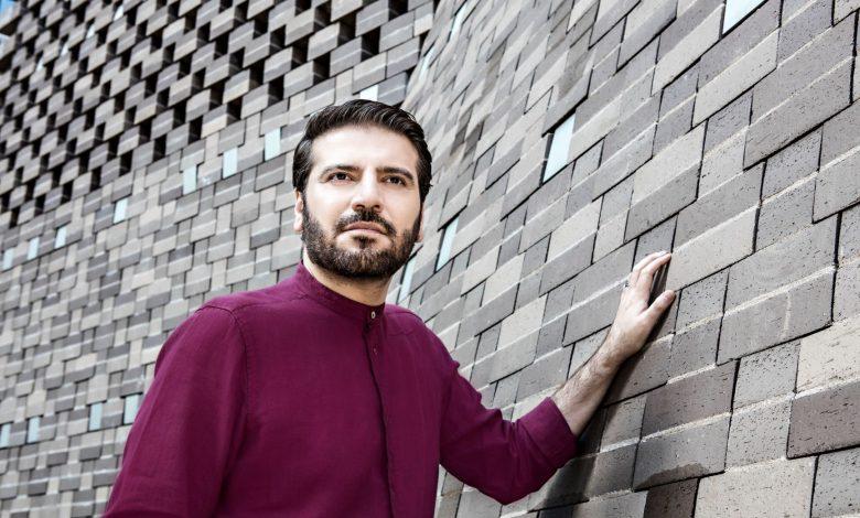 Sami Yusuf Photo