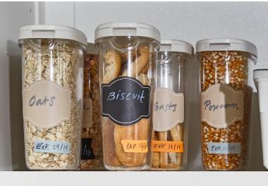 استخدام عبوات تخزين شفافة