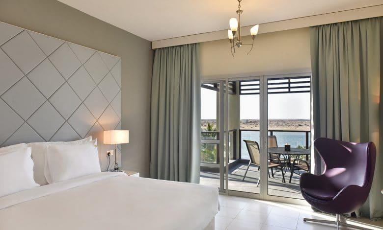 4BR Villa master bedroom