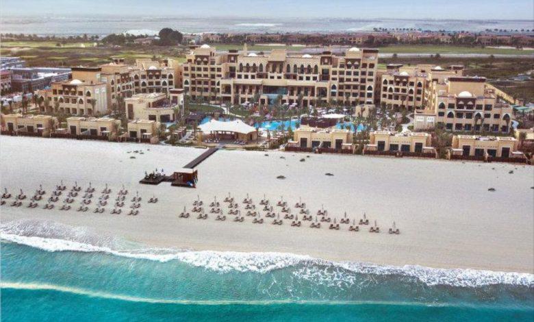 أبرز شواطئ الفنادق التي أعادة إفتتاح أبوابها رسمياً في أبوظبي