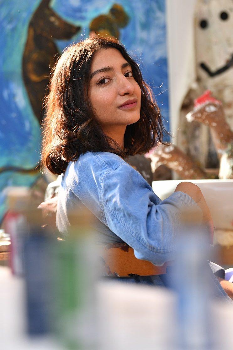 ميثاء عبدالله (2)