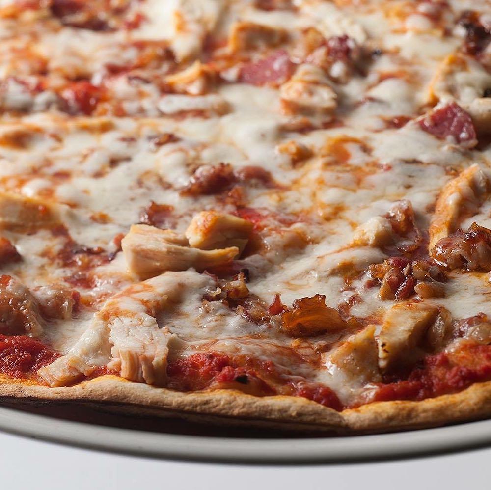 مامبو بيتزا جورميه
