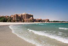 Photo of احواض السباحة والبحر الخلاب في قصر الإمارات المكان الأمثل للاسترخاء