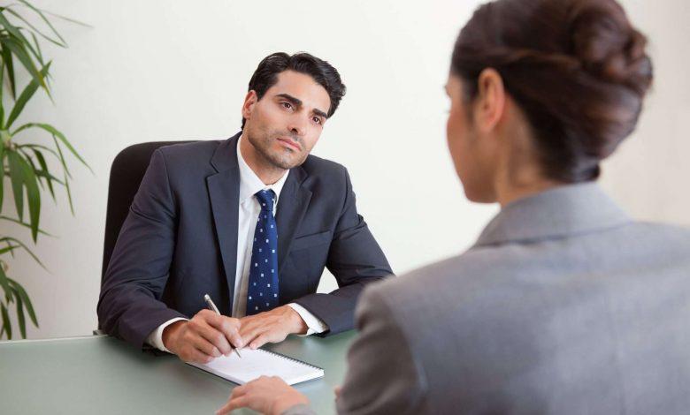 أكثر 7 أسئلة شيوعًا في مقابلات العمل في دبي