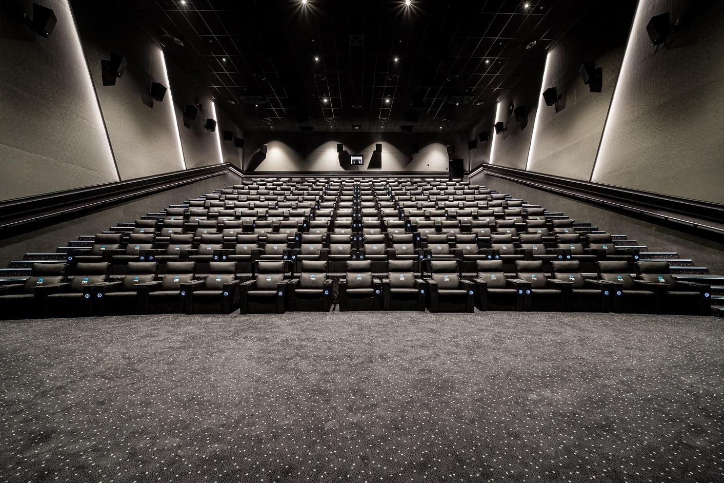 ماجد الفطيم تعيد إفتتاح ڨوكس سينما بأبوظبي
