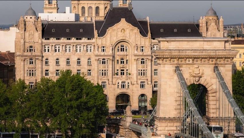 فندق فورسيزونز جريشام بالاس بودابست