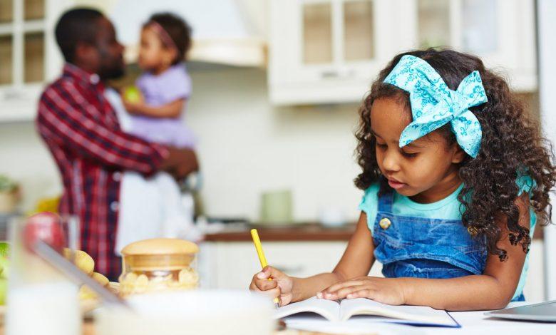 أفضل 4 طرق صغيرة لبناء الثقة لدى الأطفال