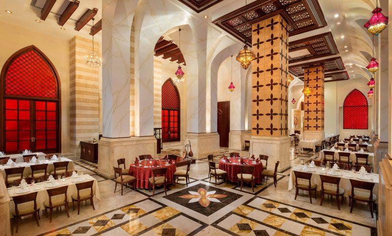 إستمتعوا بأفضل تجارب الطعام في فندق قصر الإمارات