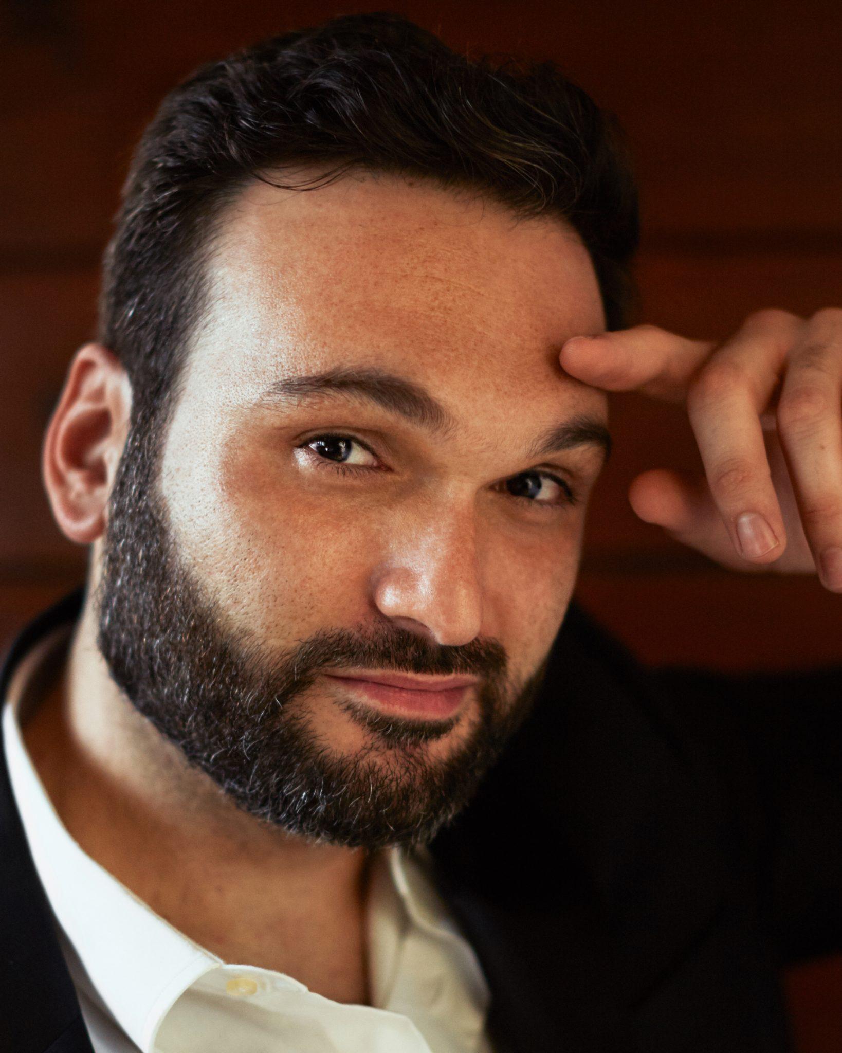 الكوميدي اللبناني- الأميركي نمر أبو نصار