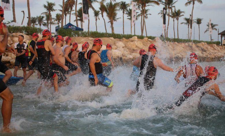 دبي تستضيف سباق كينغ آند كوين سويم للسباحة 2020