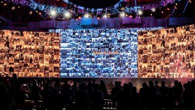 صورة القرية العالمية تحقق رقم قياسي لأكبر عدد من مقاطع الفيديو ضمن فيديو موسيقي