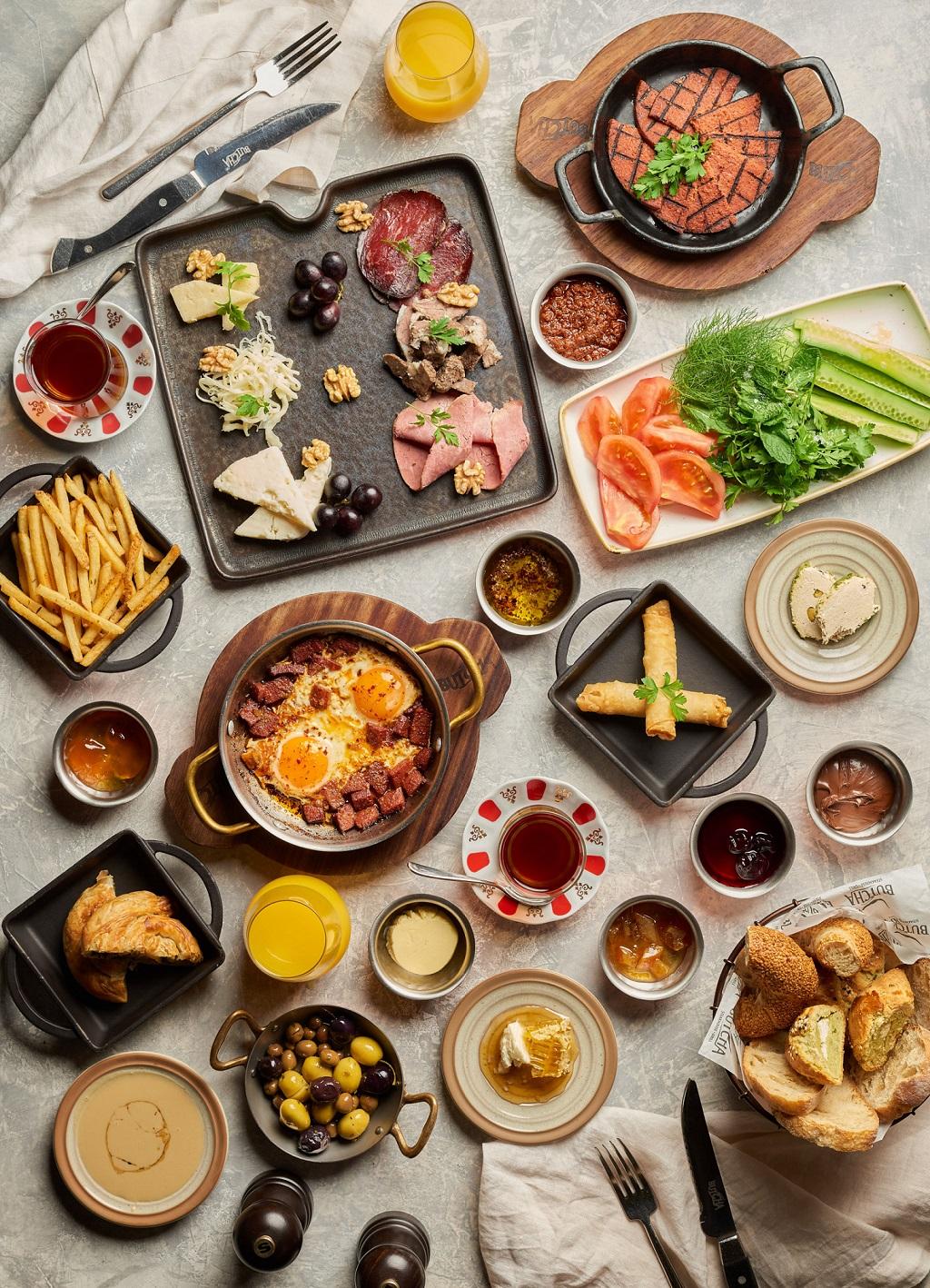 سوق هاو بازار للمأكولات التركية