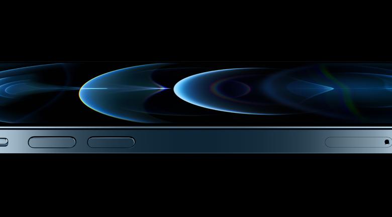 اتصالات توفّر هاتفي iPhone 12 Pro وiPhone 12 للمستخدمين في الإمارات
