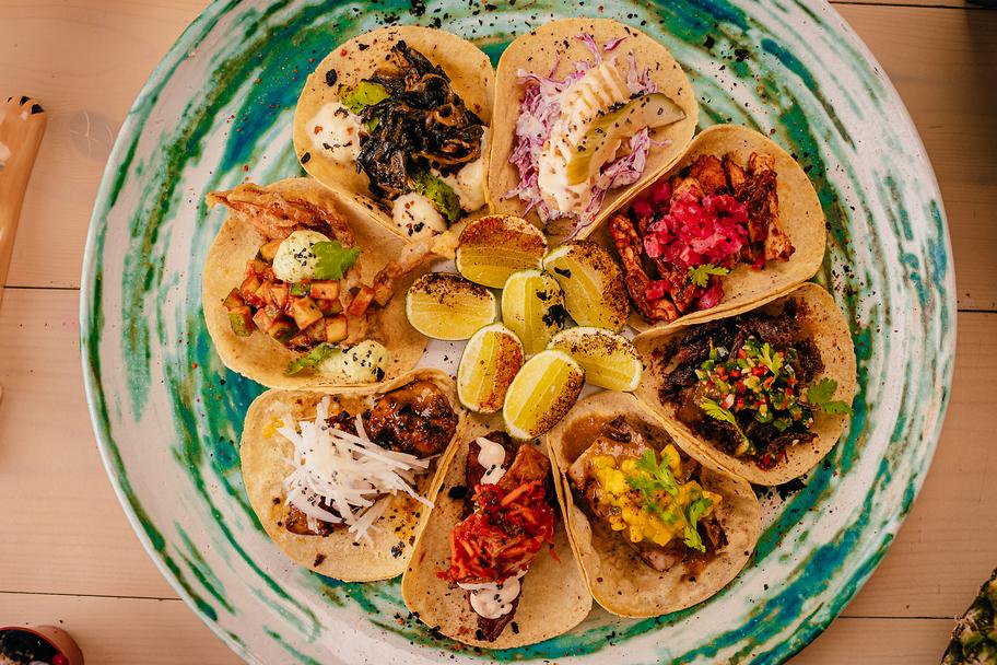 مطعم موتشاتشاس مكسيكان كانتينا