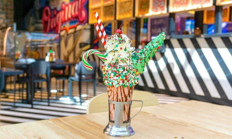 The Festive Red Velvet Pudding CrazyShake®